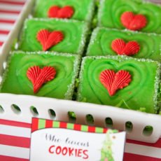 the grinch's heart grew 3 sizes green and red christmas party cookies