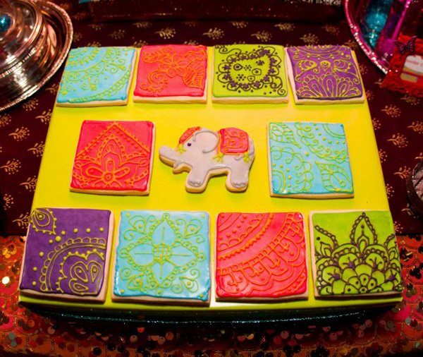 beautiful mehndi cookies and indian elephant cookies
