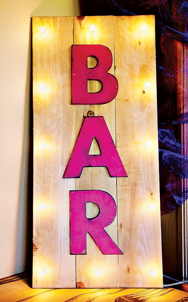 moulin rouge pink bar sign