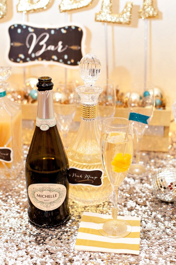 peach mango Michelle Sparkling Wine for a champagne bar at a new years eve party