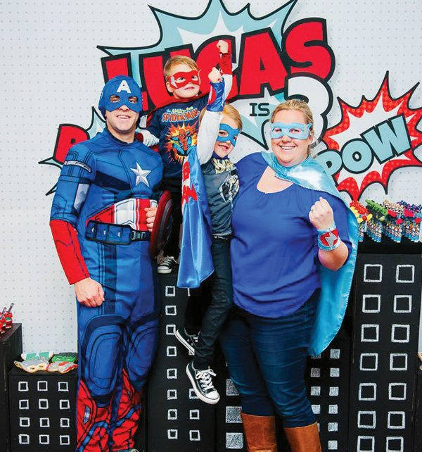 superhero family photo booth