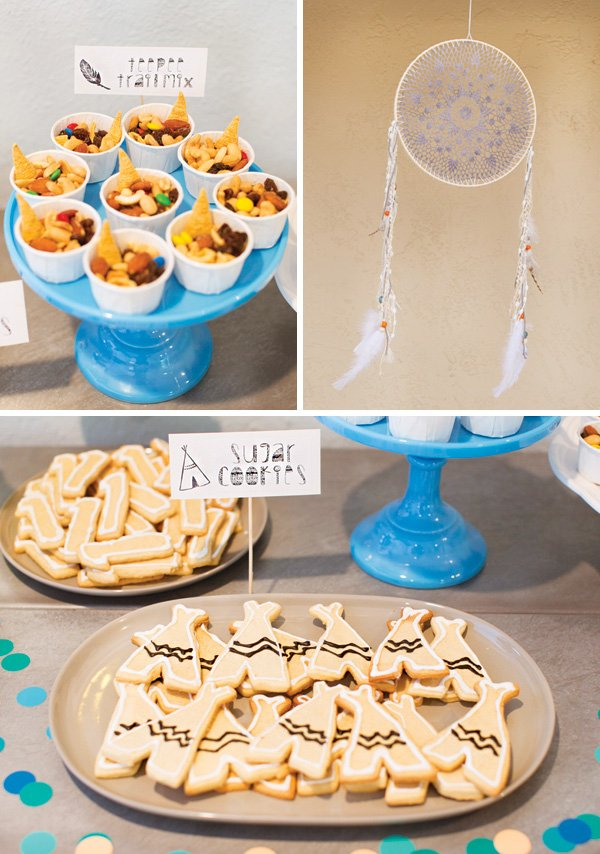 dreamcatcher and tee pee cookies