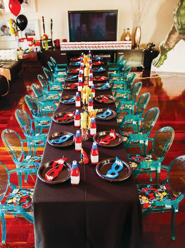 superhero kids tablescape