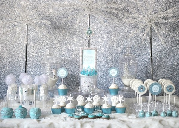 Frozen-sparkle-backdrop
