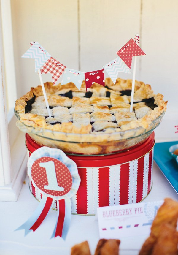 birthday party blueberry pie