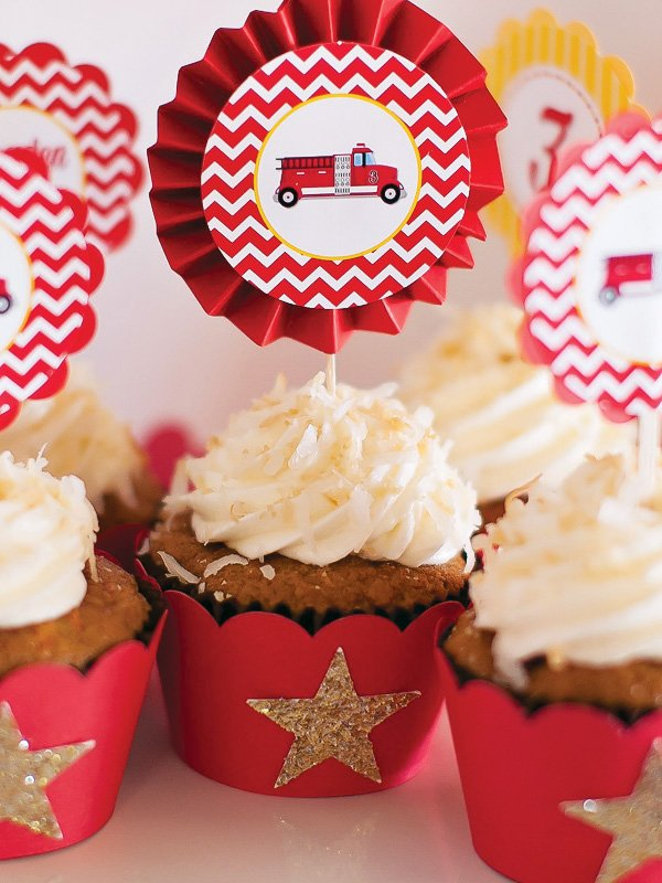 coconut fire truck cupcakes
