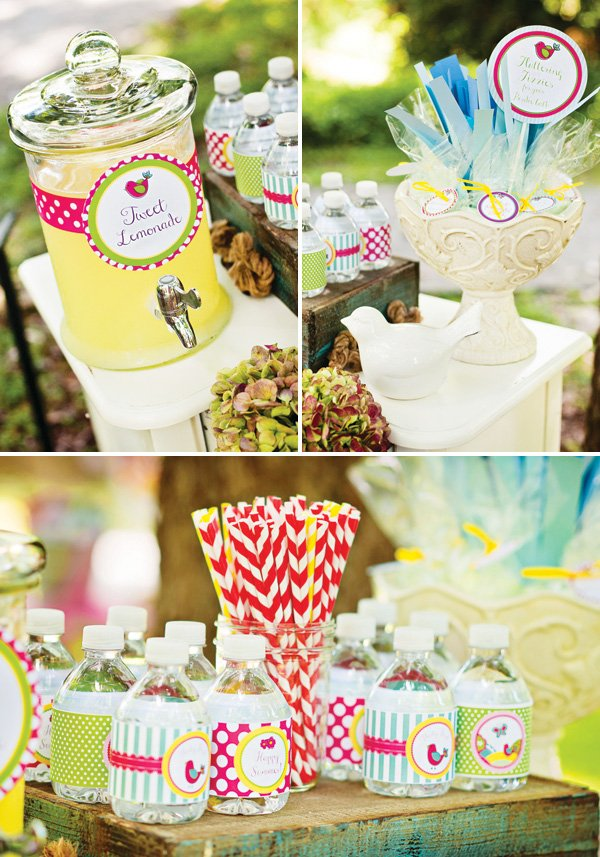 lemonade drink station with paper straws