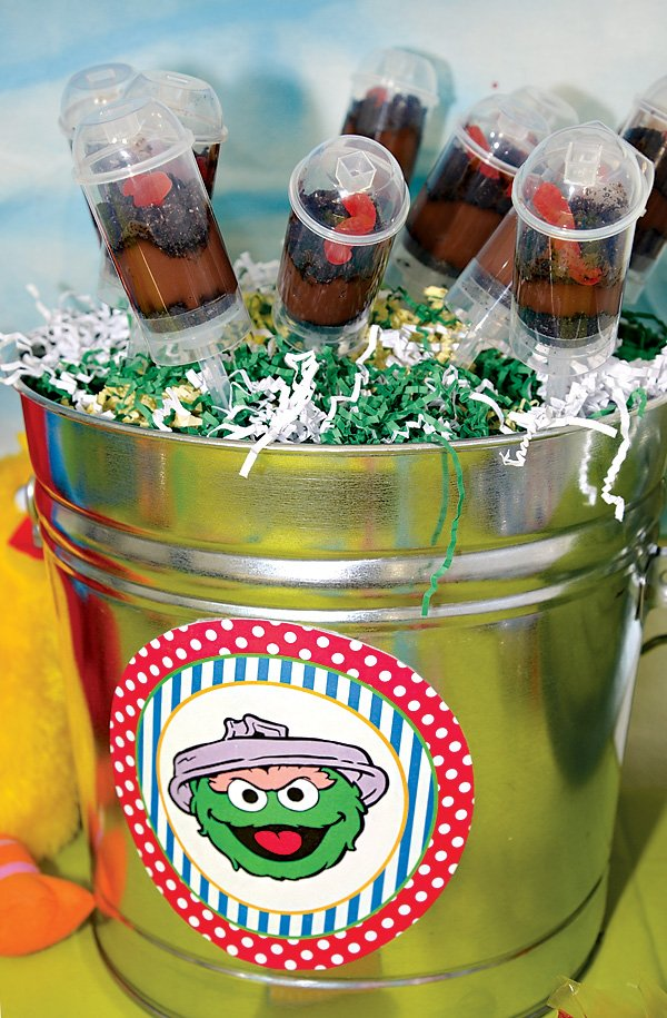 oscar the grouch trashcan desserts