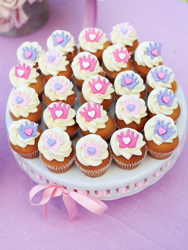 princess cupcakes with pink and purple crowns