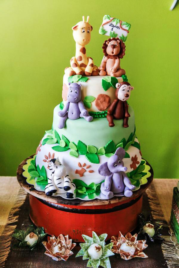 baby jungle animal safari themed birthday cake