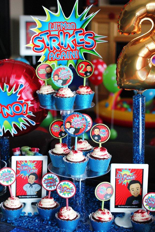 shenanigans-cupcake-display