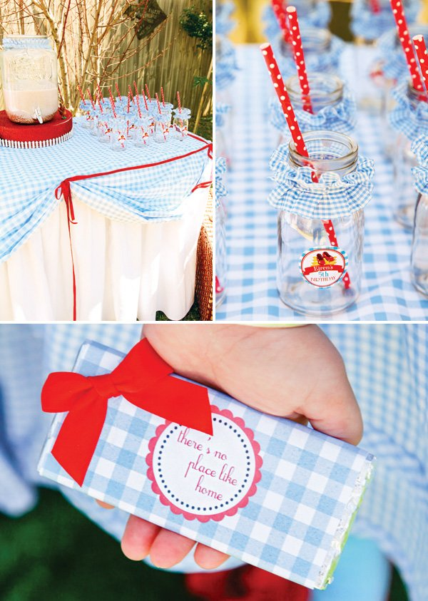 blue gingham party decor and printables