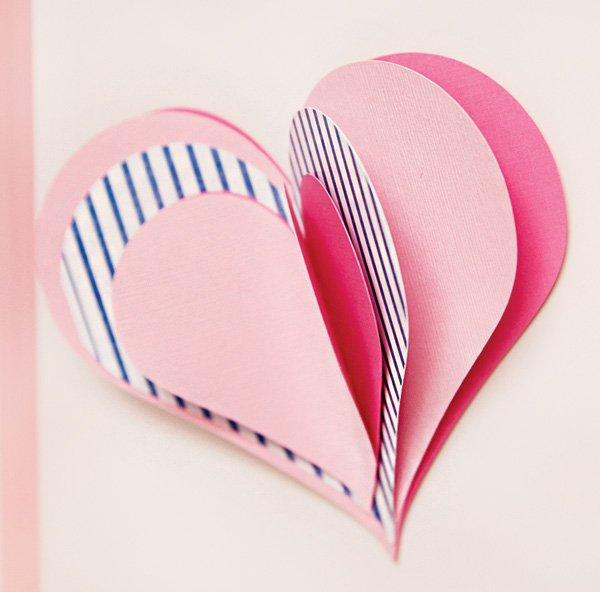 DIY 3D paper hearts