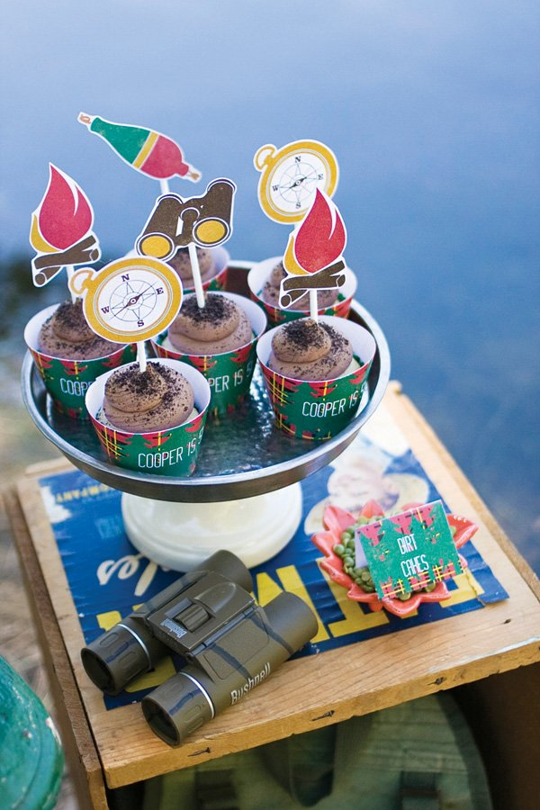 camping party circle printables topped chocolate mud cupcakes