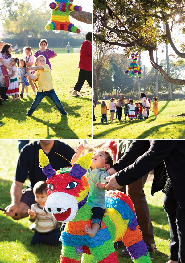 fiesta rainbow piñata game
