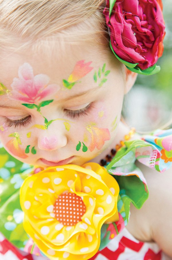 little girl's flowery face painting