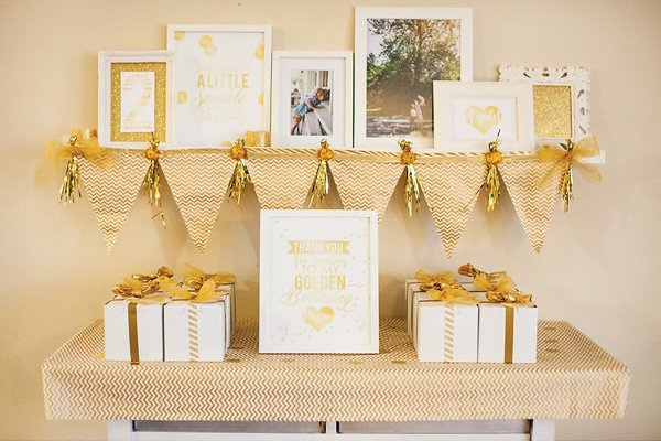 glitter and gold chevron stripes party