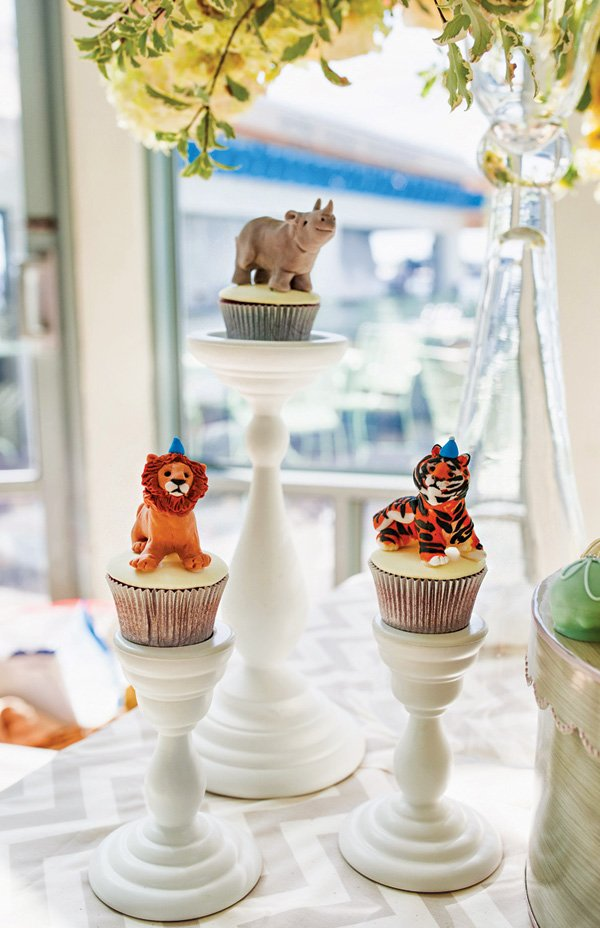 jungle animal topped cupcakes