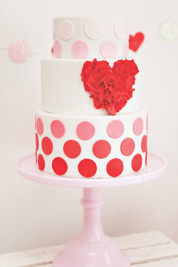 ruffled heart and polka dotted ombre valentines day cake
