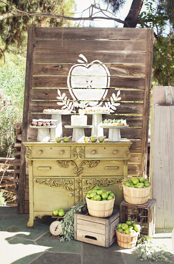 rustic wooden palette dessert table backdrop