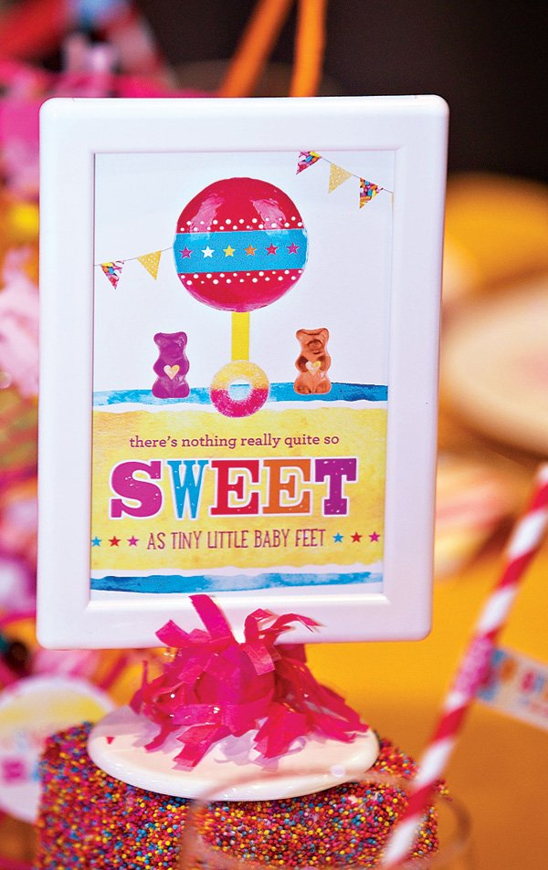 2-candy-baby-shower-sign