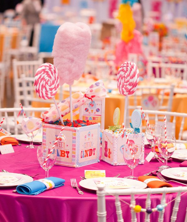 6-candy-themed-centerpiece-cotton-candy