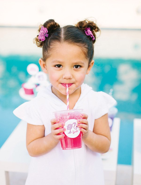 girl's barbie party drinks