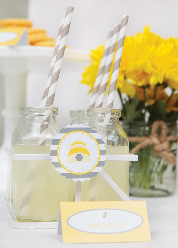 beehive party drinks and party circles