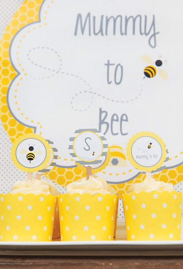yellow bumble bee cupcakes