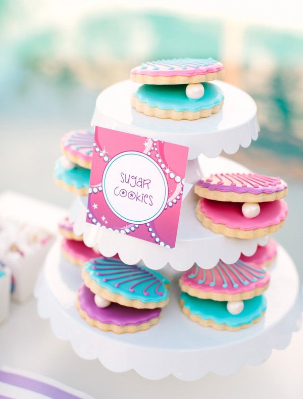 clamshell or oyster and pearl sugar cookies