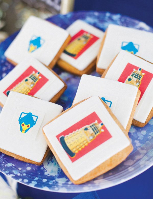 dalek doctor who themed cookies