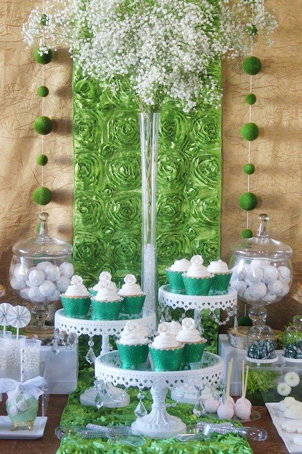 green-white-dessert-table