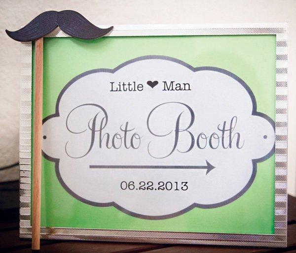 little man mustache photobooth