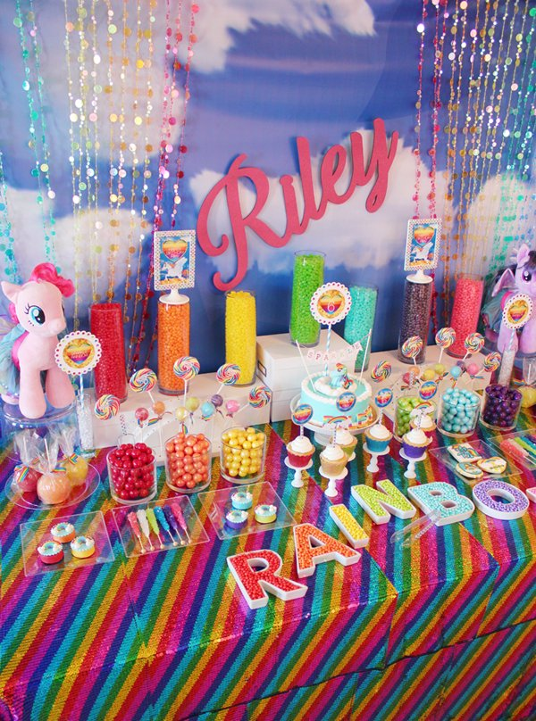my-little-pony-candy-table