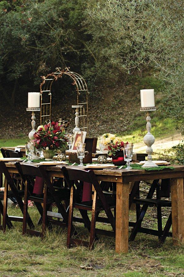 rustic woodland wedding party decor