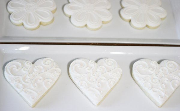 white-iced-heart-cookies