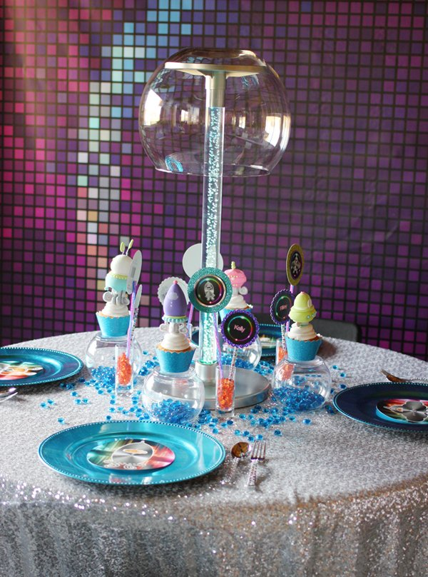 girly-space-dining-table