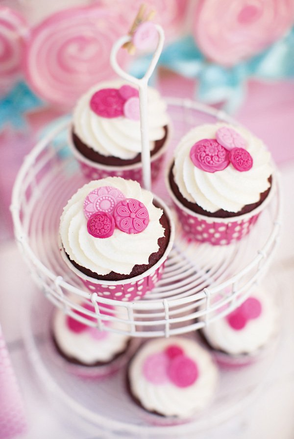 pink cute as a button cupcakes