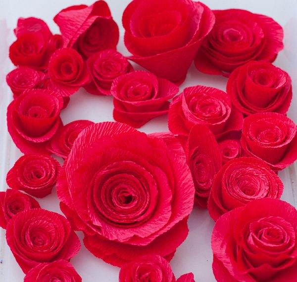 diy red crepe paper roses