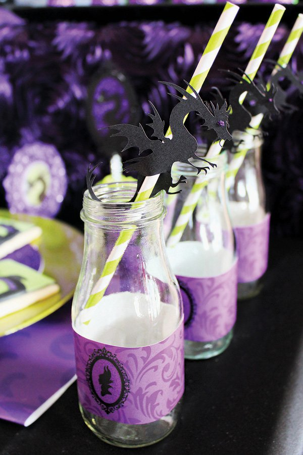 dragon topped paper straws