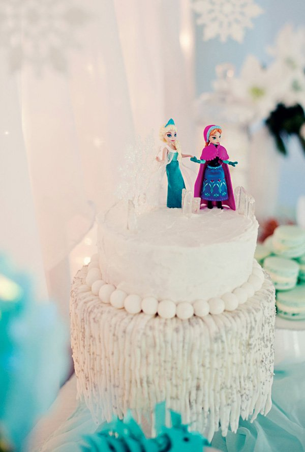 frozen icicle birthday cake with elsa and anna toppers