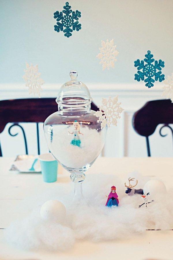 frozen birthday party kid's table decoration ideas