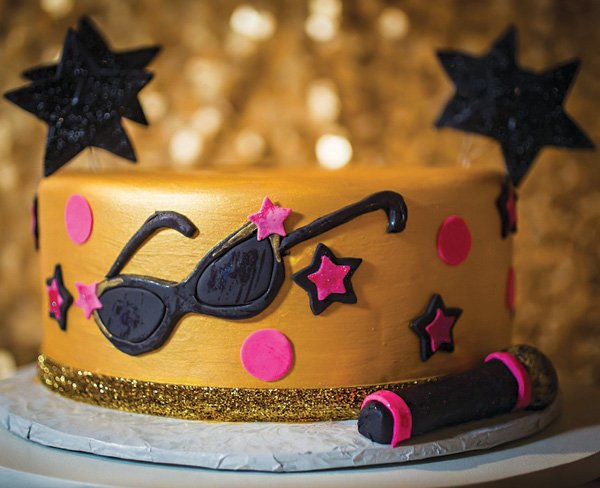 gold and pink girly pop star birthday cake