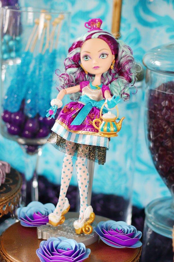 madeline-hatter-doll