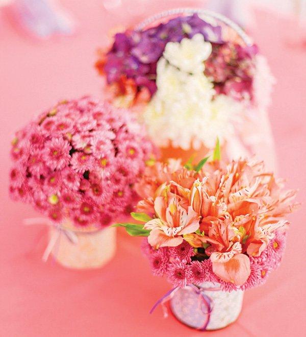 pink basket bouquet centerpieces