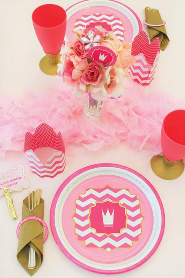 pink chevron princess tablescape