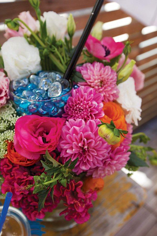 pink dahlia floral arrangement