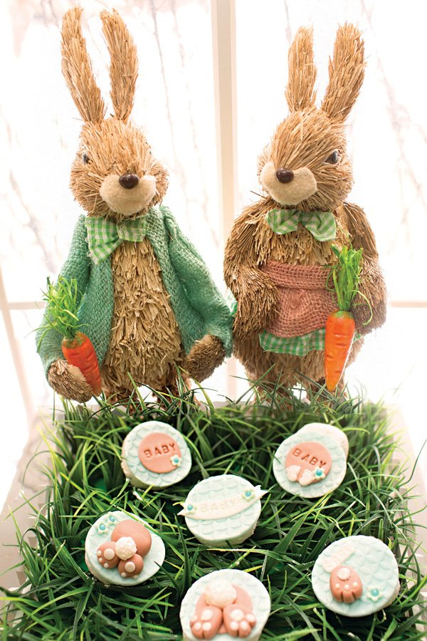 straw rabbit party decor and little rabbit feet treats