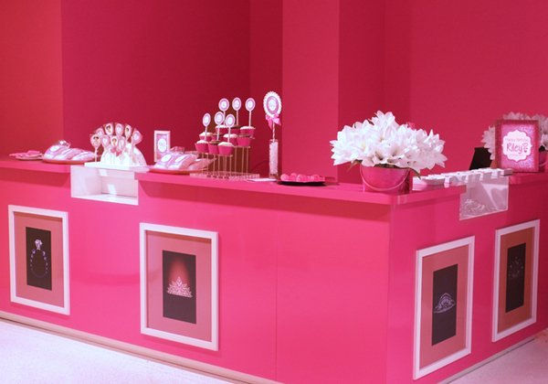 Barbie-Dreamhouse-Bar