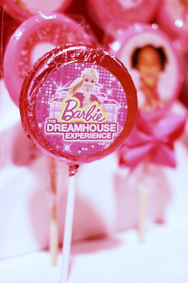 Barbie-lollipops